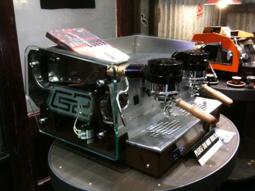 Espresso Parts' custom GS2 with glass side panels.