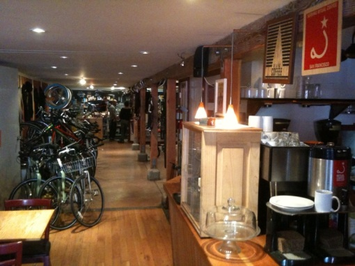 Mojo Bicycle Cafe in SF